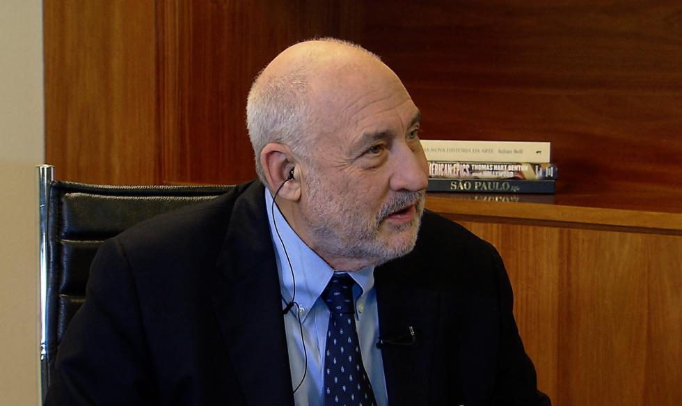 """Entrevista – Joseph Stiglitz: """"Em todas as dimensões, o neoliberalismo foi um fracasso incontestável"""""""