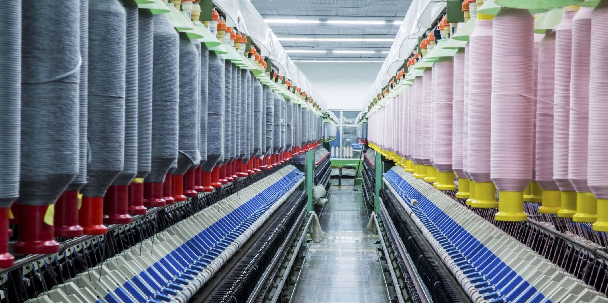 Fonset e centrais sindicais analisam conversão das indústrias para combate da Covid-19