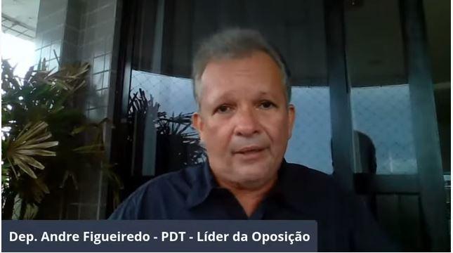 Bolsonaro é uma pessoa despreparada para governar o país, afirma André Figueiredo (PDT-CE) em Live do Trabalhador