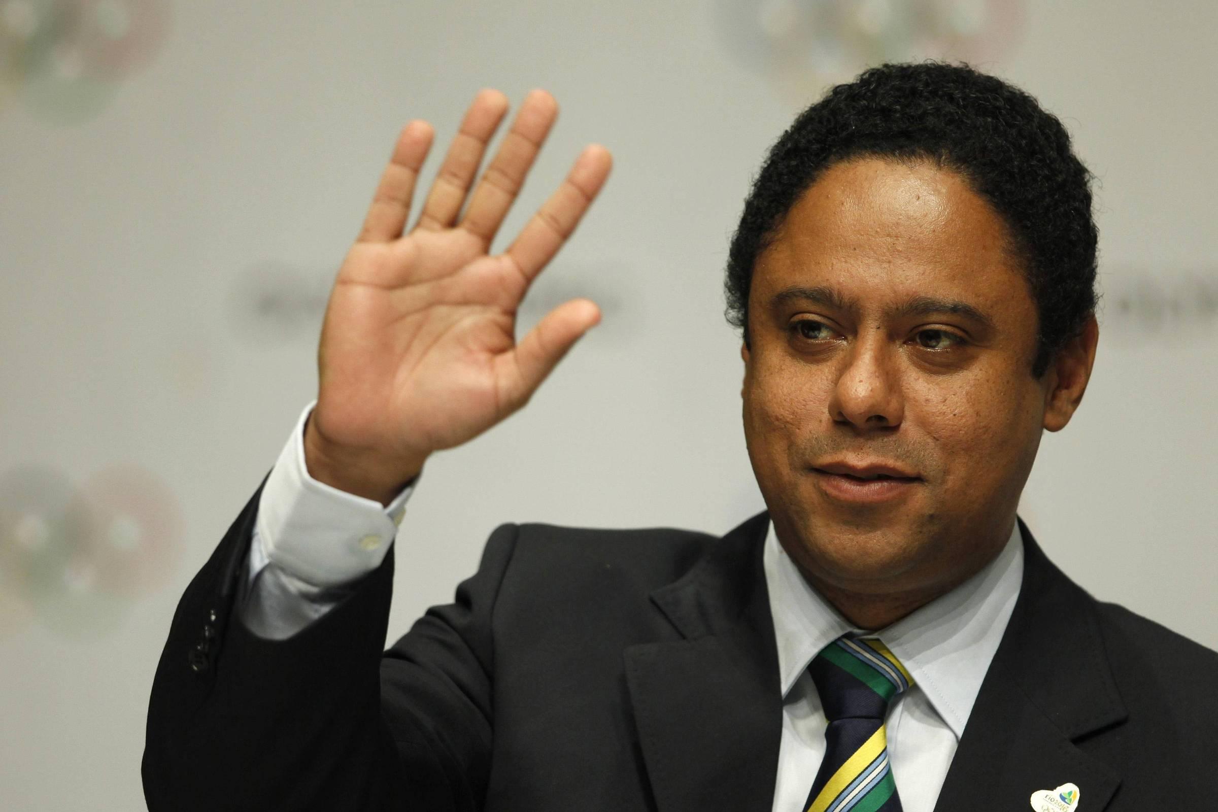 Relator de MP da redução de jornada quer estender desoneração da folha e dar carência em consignado