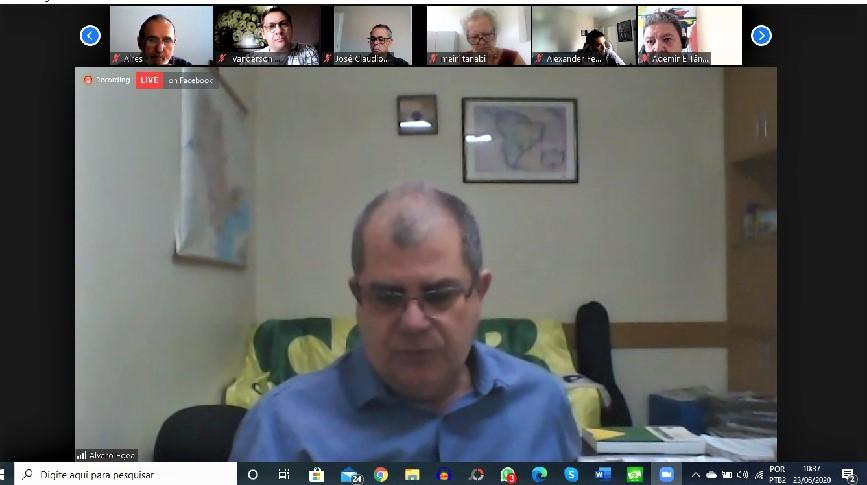 O desembargador do Tribunal Regional do Trabalho de São Paulo (TRT-2) Ricardo Verta Luduvice foi o palestrante da terça-feira (23) 3