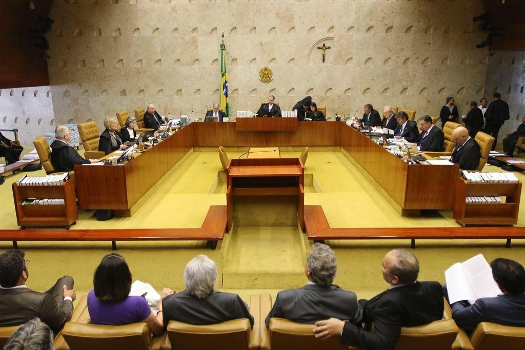 STF proíbe redução de salário de servidor por estados e municípios para adequar despesas