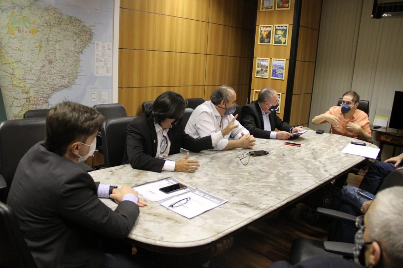 Centrais Sindicais entregam documento com demandas para o Governo bruno bianco 1
