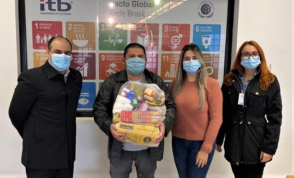 Sindicato dos Metalúrgicos de Birigui distribui 100 cestas básicas para famílias carentes 4