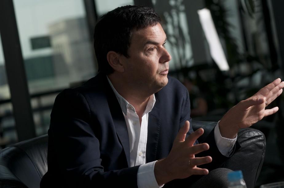 Elite brasileira comete erro histórico ao não impulsionar distribuição de renda, diz Piketty