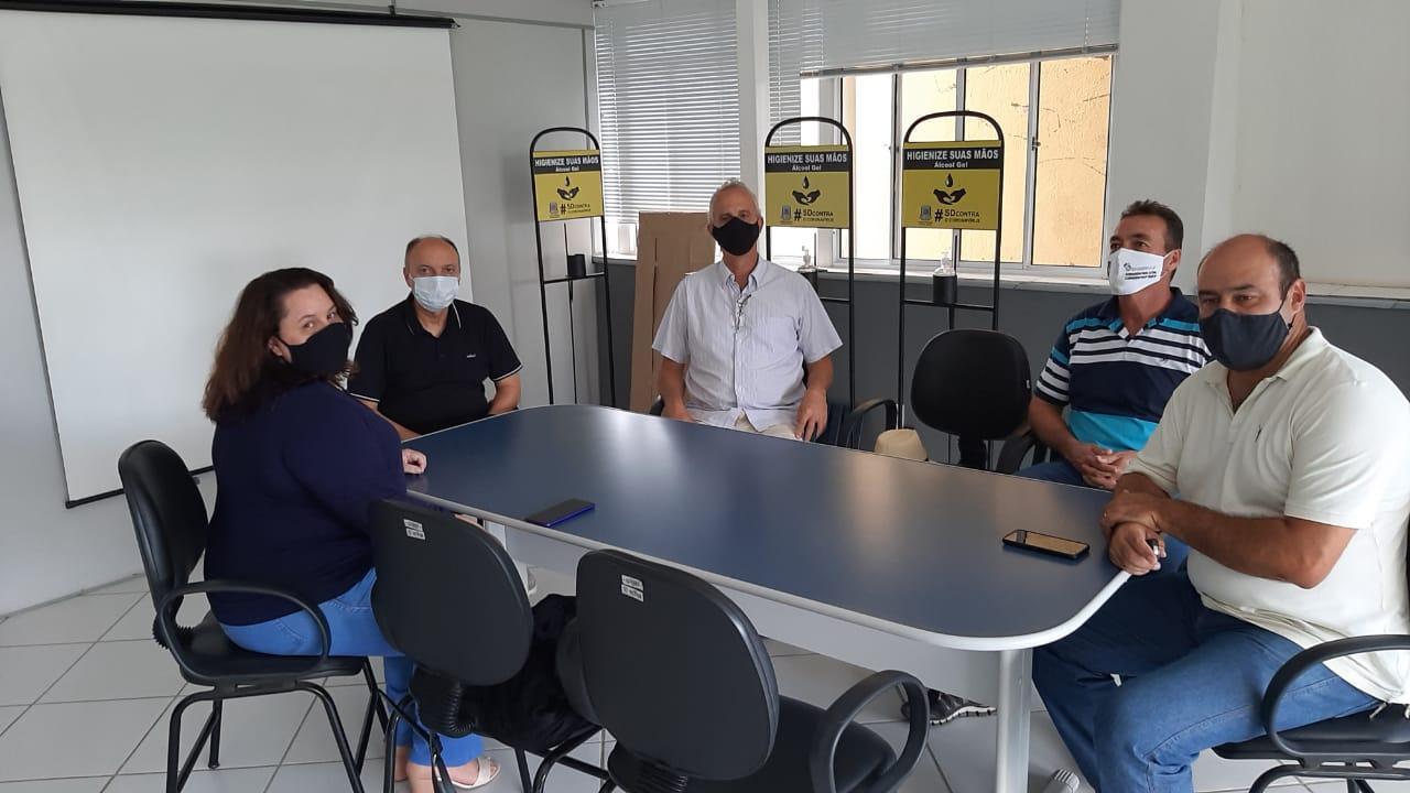 Feserp e CSB prestigiam reintegração de sindicalista injustiçada em Santos Dumont