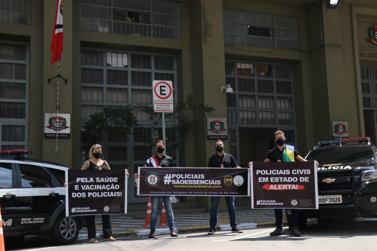Policiais fazem ato contra o desmonte funcionalismo