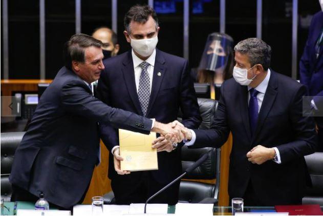 PDT aciona STF contra acordos individuais de redução de jornada e salário em programa de Bolsonaro