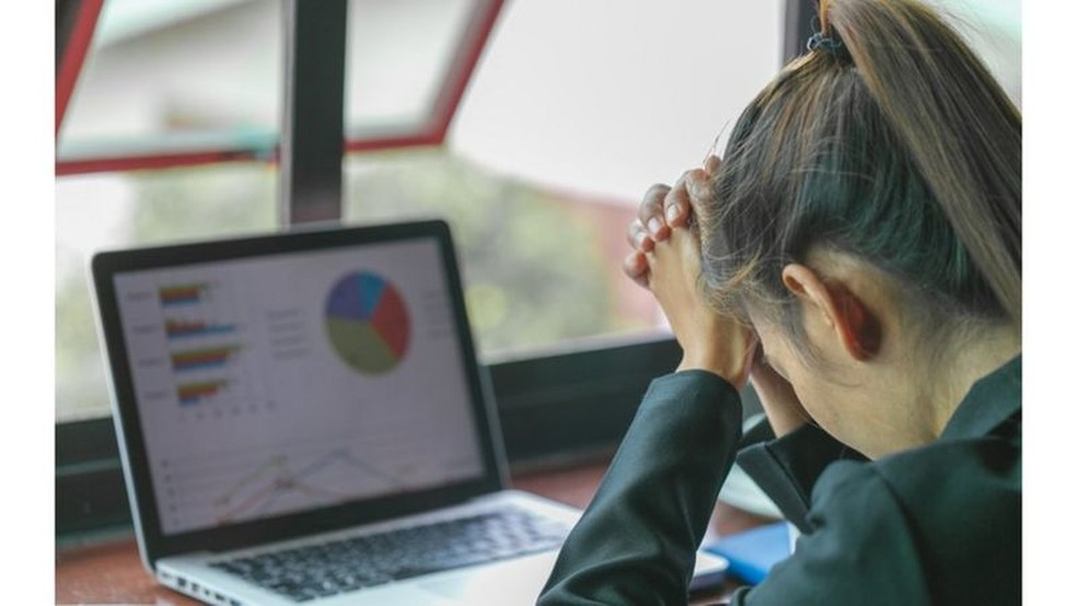 Trabalhar 'demais' mata 745 mil pessoas por ano no mundo, revela estudo