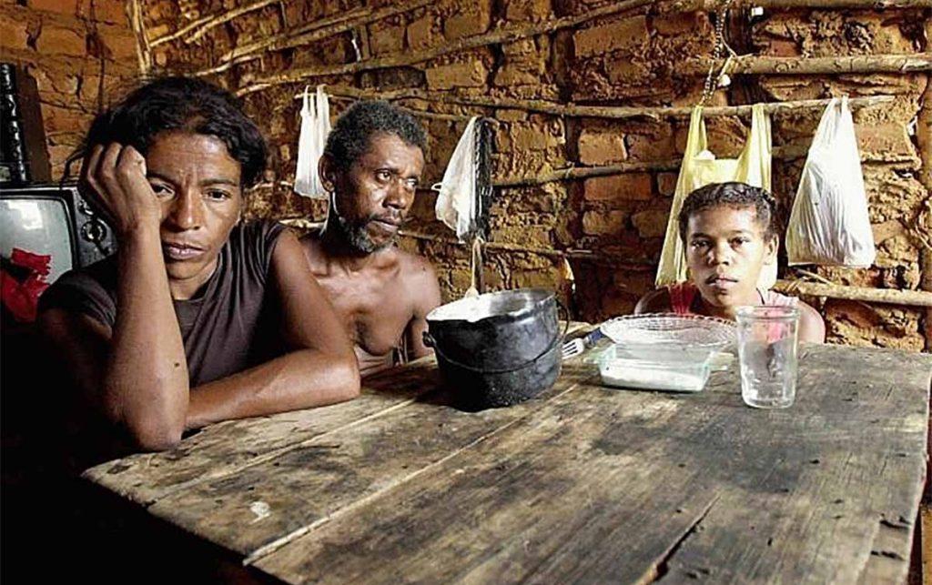 Sem dinheiro, 17% dos brasileiros deixaram de comer na pandemia, diz Unicef