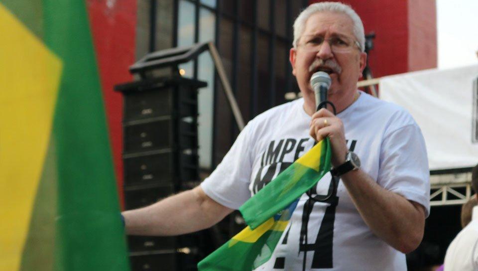 Centrais sindicais pedem atos pluripartidários contra Bolsonaro